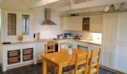 Upfront,up,front,reviews,accommodation,self,catering,rental,holiday,homes,cottages,feedback,information,genuine,trust,worthy,trustworthy,supercontrol,system,guests,customers,verified,exclusive,sika cottage,poltarrow farm cottages,st austell,,image,of,photo,picture,view