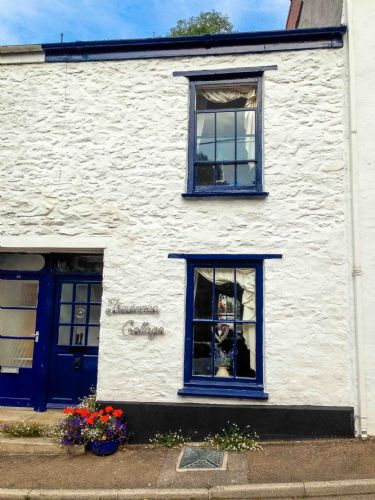 Upfront,up,front,reviews,accommodation,self,catering,rental,holiday,homes,cottages,feedback,information,genuine,trust,worthy,trustworthy,supercontrol,system,guests,customers,verified,exclusive,trevennen cottage,cornwalls cottages ltd,flushing,,image,of,photo,picture,view