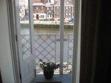 Upfront,up,front,reviews,accommodation,self,catering,rental,holiday,homes,cottages,feedback,information,genuine,trust,worthy,trustworthy,supercontrol,system,guests,customers,verified,exclusive,24 woodsmill quay,in york holidays,york,,image,of,photo,picture,view