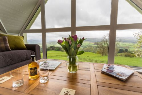 Upfront,up,front,reviews,accommodation,self,catering,rental,holiday,homes,cottages,feedback,information,genuine,trust,worthy,trustworthy,supercontrol,system,guests,customers,verified,exclusive,aodin,highland perthshire holiday homes,aberfeldy,,image,of,photo,picture,view