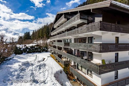 Great central location in Argentiere village