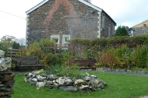 Nightingale Cottage, Garden, Lakes Cottage Holidays