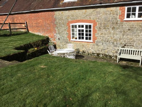 Upfront,up,front,reviews,accommodation,self,catering,rental,holiday,homes,cottages,feedback,information,genuine,trust,worthy,trustworthy,supercontrol,system,guests,customers,verified,exclusive,mizzards farm cottage,henry adams holiday lets,rogate,,image,of,photo,picture,view