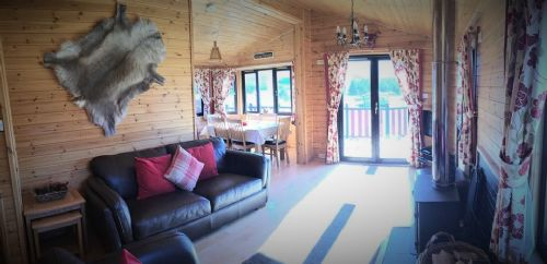 Upfront,up,front,reviews,accommodation,self,catering,rental,holiday,homes,cottages,feedback,information,genuine,trust,worthy,trustworthy,supercontrol,system,guests,customers,verified,exclusive,chalet 31,dalraddy holiday park,nr aviemore,,image,of,photo,picture,view