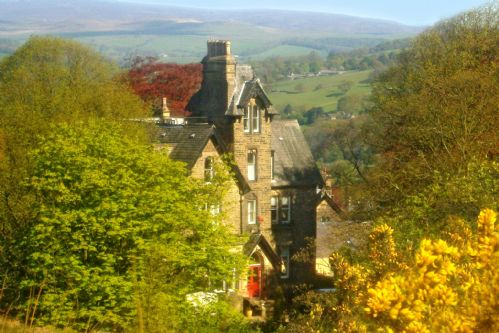 Upfront,up,front,reviews,accommodation,self,catering,rental,holiday,homes,cottages,feedback,information,genuine,trust,worthy,trustworthy,supercontrol,system,guests,customers,verified,exclusive,the main house,westwood lodge ilkley moor,ilkley,,image,of,photo,picture,view