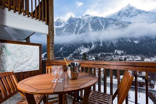 Upfront,up,front,reviews,accommodation,self,catering,rental,holiday,homes,cottages,feedback,information,genuine,trust,worthy,trustworthy,supercontrol,system,guests,customers,verified,exclusive,les pecles apartment,chamonix all year ltd,chamonix ,,image,of,photo,picture,view