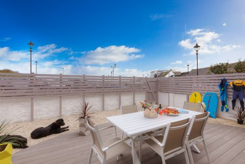 Upfront,up,front,reviews,accommodation,self,catering,rental,holiday,homes,cottages,feedback,information,genuine,trust,worthy,trustworthy,supercontrol,system,guests,customers,verified,exclusive,16 st nicholas court,cherished cottages ltd,st ives,,image,of,photo,picture,view