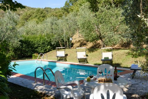 Tuscany, Private pool and gardens, perfect for families or friends