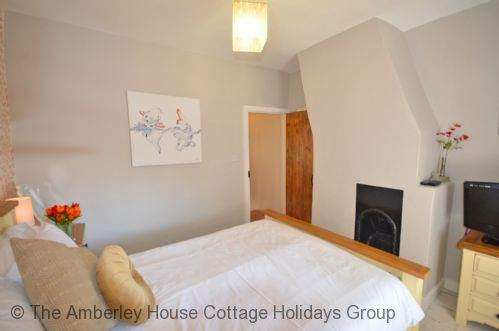 Upfront,up,front,reviews,accommodation,self,catering,rental,holiday,homes,cottages,feedback,information,genuine,trust,worthy,trustworthy,supercontrol,system,guests,customers,verified,exclusive,rose cottage,the amberley house cottage holidays group,arundel,,image,of,photo,picture,view