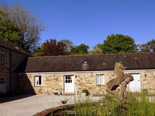 Upfront,up,front,reviews,accommodation,self,catering,rental,holiday,homes,cottages,feedback,information,genuine,trust,worthy,trustworthy,supercontrol,system,guests,customers,verified,exclusive,tonkin cottage,lambriggan court,truro,,image,of,photo,picture,view