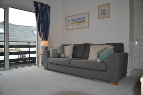 Upfront,up,front,reviews,accommodation,self,catering,rental,holiday,homes,cottages,feedback,information,genuine,trust,worthy,trustworthy,supercontrol,system,guests,customers,verified,exclusive,20d smugglers,holiday cornwall ltd,helford passage,,image,of,photo,picture,view