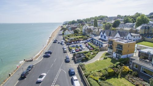 Upfront,up,front,reviews,accommodation,self,catering,rental,holiday,homes,cottages,feedback,information,genuine,trust,worthy,trustworthy,supercontrol,system,guests,customers,verified,exclusive,seafront quay west apartments,island holiday homes,cowes,,image,of,photo,picture,view