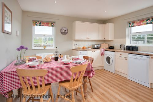 Upfront,up,front,reviews,accommodation,self,catering,rental,holiday,homes,cottages,feedback,information,genuine,trust,worthy,trustworthy,supercontrol,system,guests,customers,verified,exclusive,pasture view,stay northumbria limited,newstead,,image,of,photo,picture,view