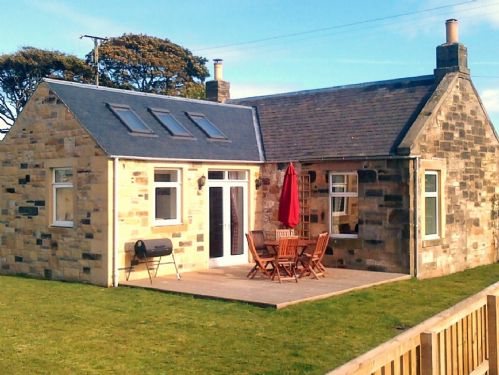 Upfront,up,front,reviews,accommodation,self,catering,rental,holiday,homes,cottages,feedback,information,genuine,trust,worthy,trustworthy,supercontrol,system,guests,customers,verified,exclusive,railway crossing cottage,railway crossing cottage,anstruther,,image,of,photo,picture,view