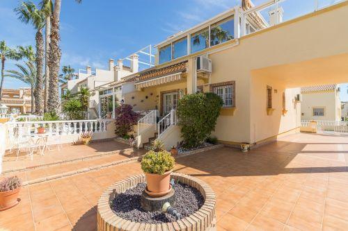 52. Montillas II Apartment,  3 bed 2 Bath Playa Flamenca overlooking the Pool