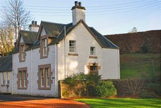 Upfront,up,front,reviews,accommodation,self,catering,rental,holiday,homes,cottages,feedback,information,genuine,trust,worthy,trustworthy,supercontrol,system,guests,customers,verified,exclusive,aberturret cottage,cooper cottages,crieff,,image,of,photo,picture,view