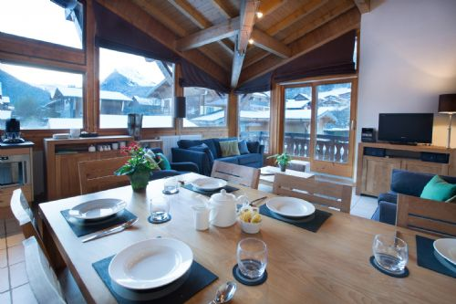 Upfront,up,front,reviews,accommodation,self,catering,rental,holiday,homes,cottages,feedback,information,genuine,trust,worthy,trustworthy,supercontrol,system,guests,customers,verified,exclusive,apartment 1 (3 bed + cabin),aiglon morzine ltd,morzine,,image,of,photo,picture,view
