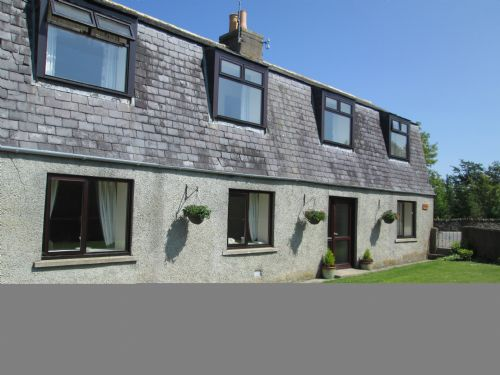 Upfront,up,front,reviews,accommodation,self,catering,rental,holiday,homes,cottages,feedback,information,genuine,trust,worthy,trustworthy,supercontrol,system,guests,customers,verified,exclusive,ardmuir,ardmiddle mains cottages,turriff,,image,of,photo,picture,view