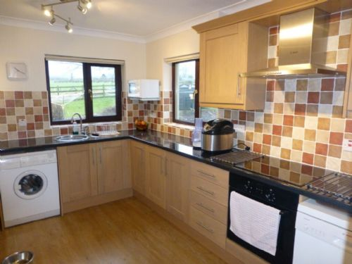 Garth Cottage, Kitchen, Lakes Cottage Holidays