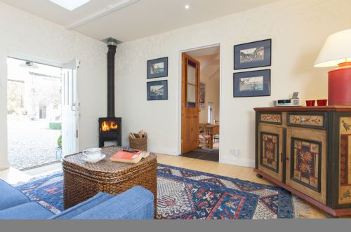 Upfront,up,front,reviews,accommodation,self,catering,rental,holiday,homes,cottages,feedback,information,genuine,trust,worthy,trustworthy,supercontrol,system,guests,customers,verified,exclusive,the bullpen,benallack barn,truro,,image,of,photo,picture,view