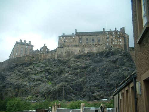 Grassmarket websters land edinburgh festival apartments for 55 buckstone terrace edinburgh