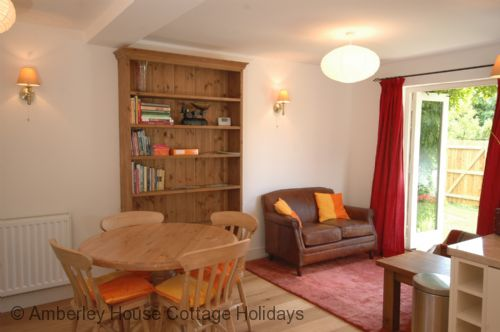 Upfront,up,front,reviews,accommodation,self,catering,rental,holiday,homes,cottages,feedback,information,genuine,trust,worthy,trustworthy,supercontrol,system,guests,customers,verified,exclusive,swallowfield cottage,the amberley house cottage holidays group,keymer,,image,of,photo,picture,view