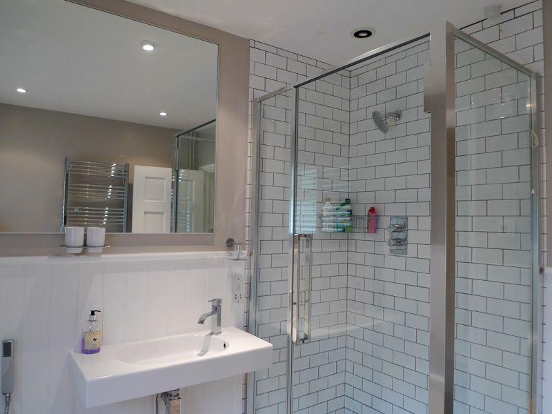 The Lodge 3 bedrooms | Bathroom