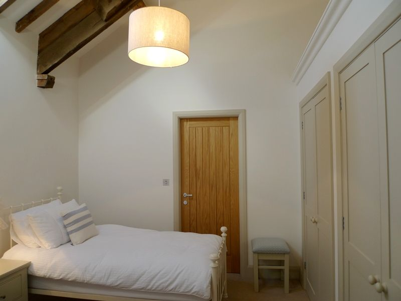 1 Manor Farm Barns | Bedroom 4