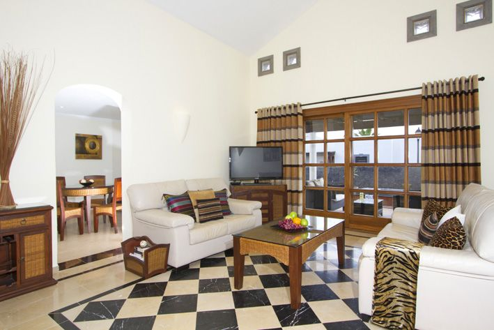 Spacious and well equipped villa with stylish furniture and features