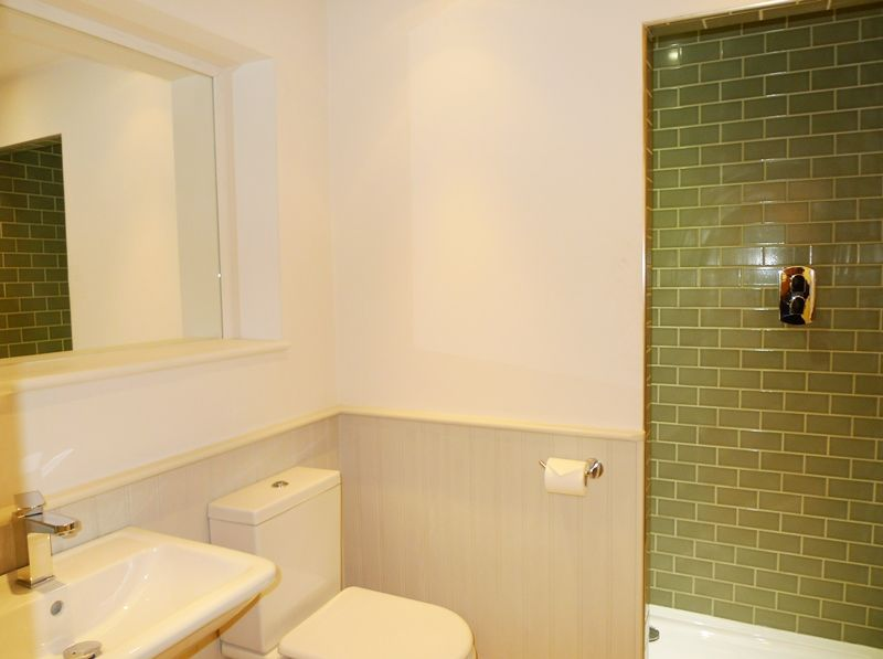Creake Road Cottage | Downstairs shower room