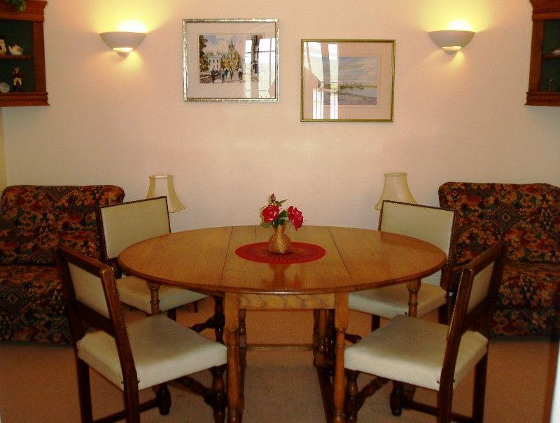 2 The Granary   Dining area