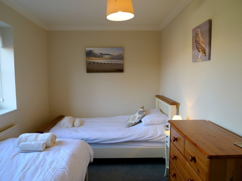 Saltmarshes | Bedroom 3