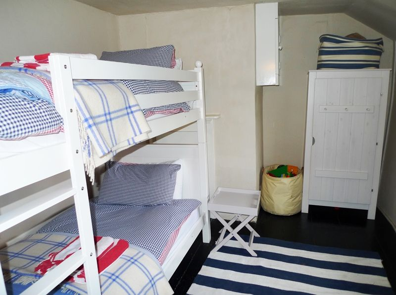 3 Post Mill Cottages | Bunk room
