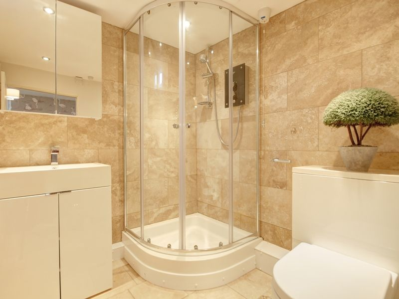 Albion House | Shower room