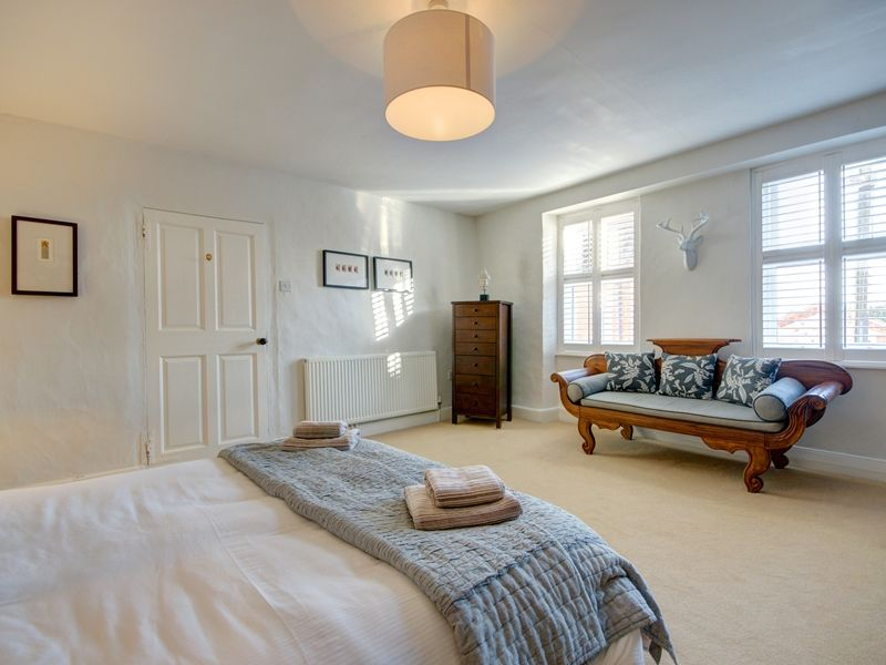 Albion House sleeping 6 | Bedroom 1