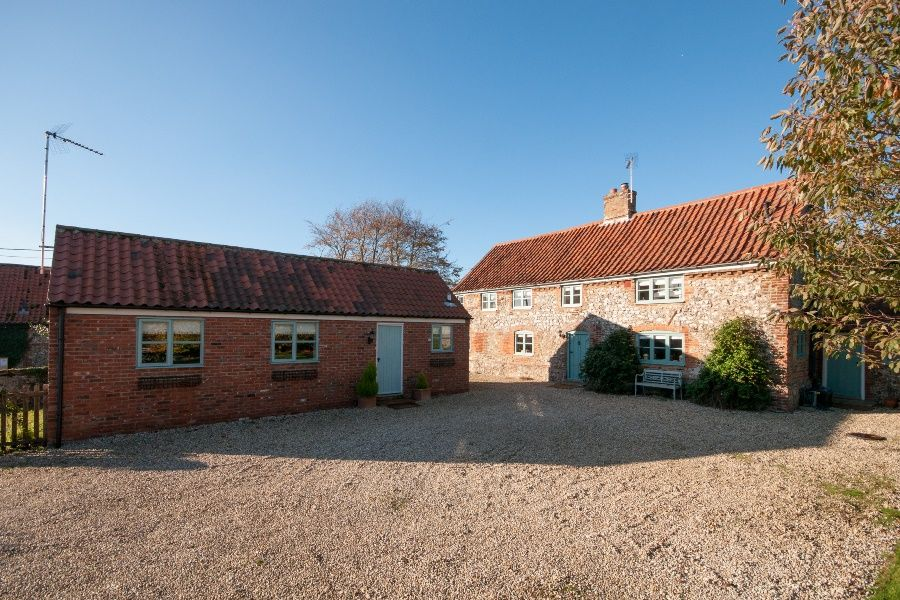 Church Farm Cottage with Studio |