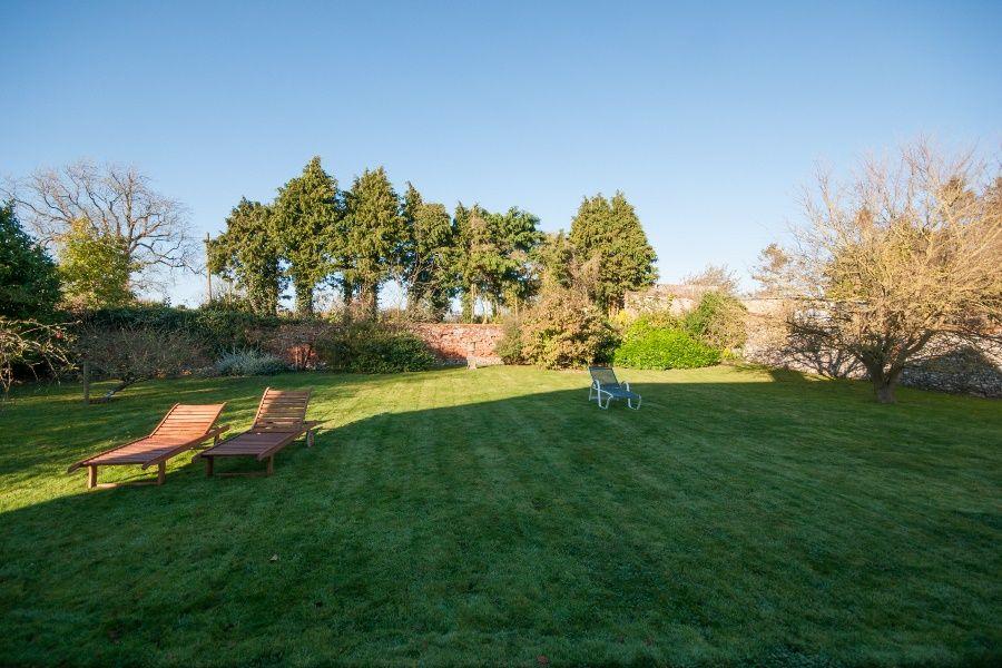 Church Farm Cottage with Studio | Back garden