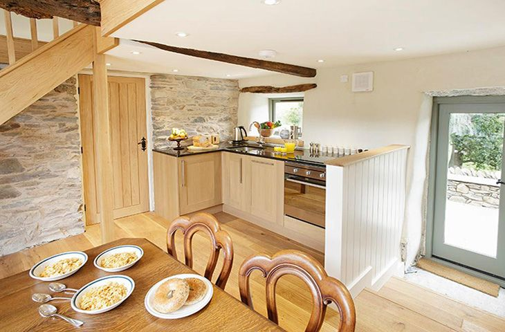 Cruik Barn: Breakfasting kitchen