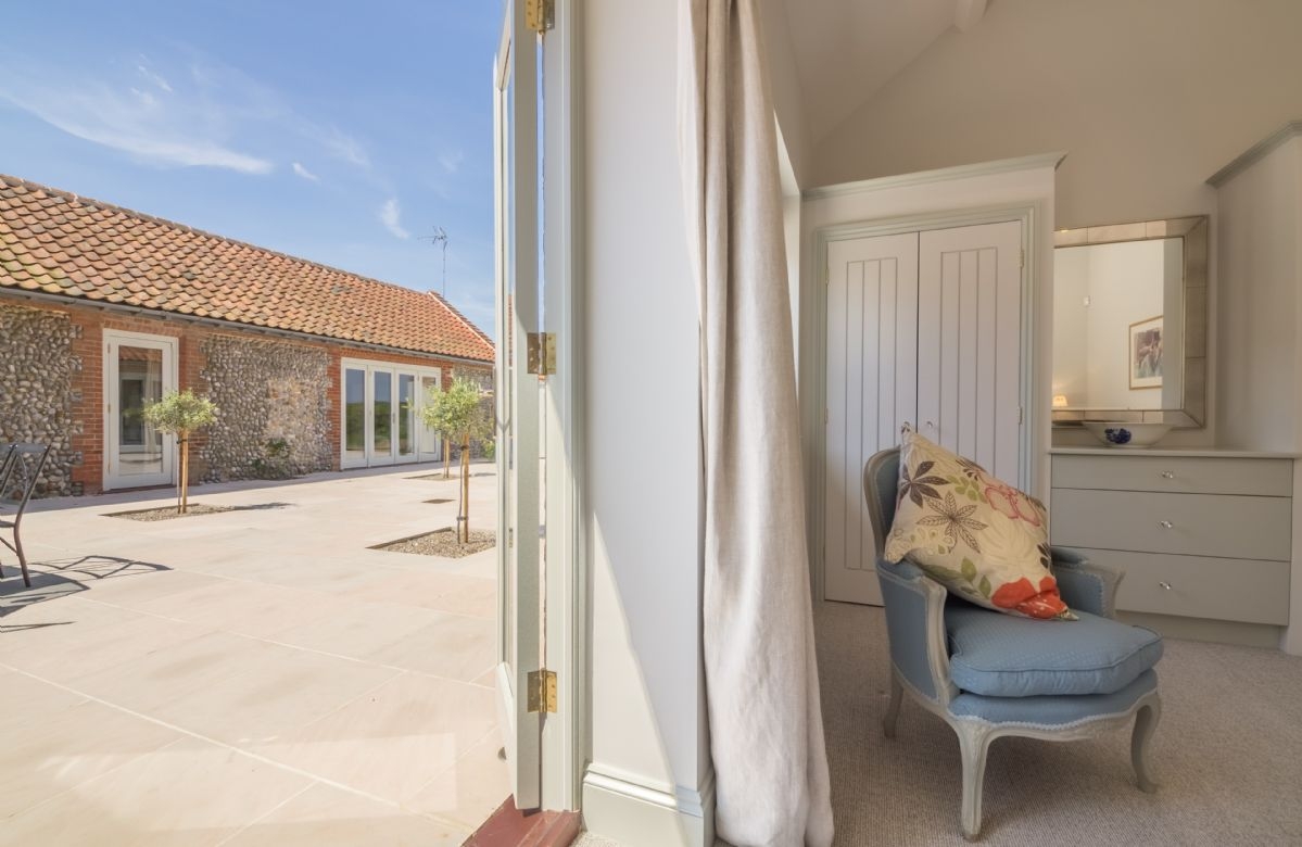The stable yard holiday cottages in norfolk for French doors that open out
