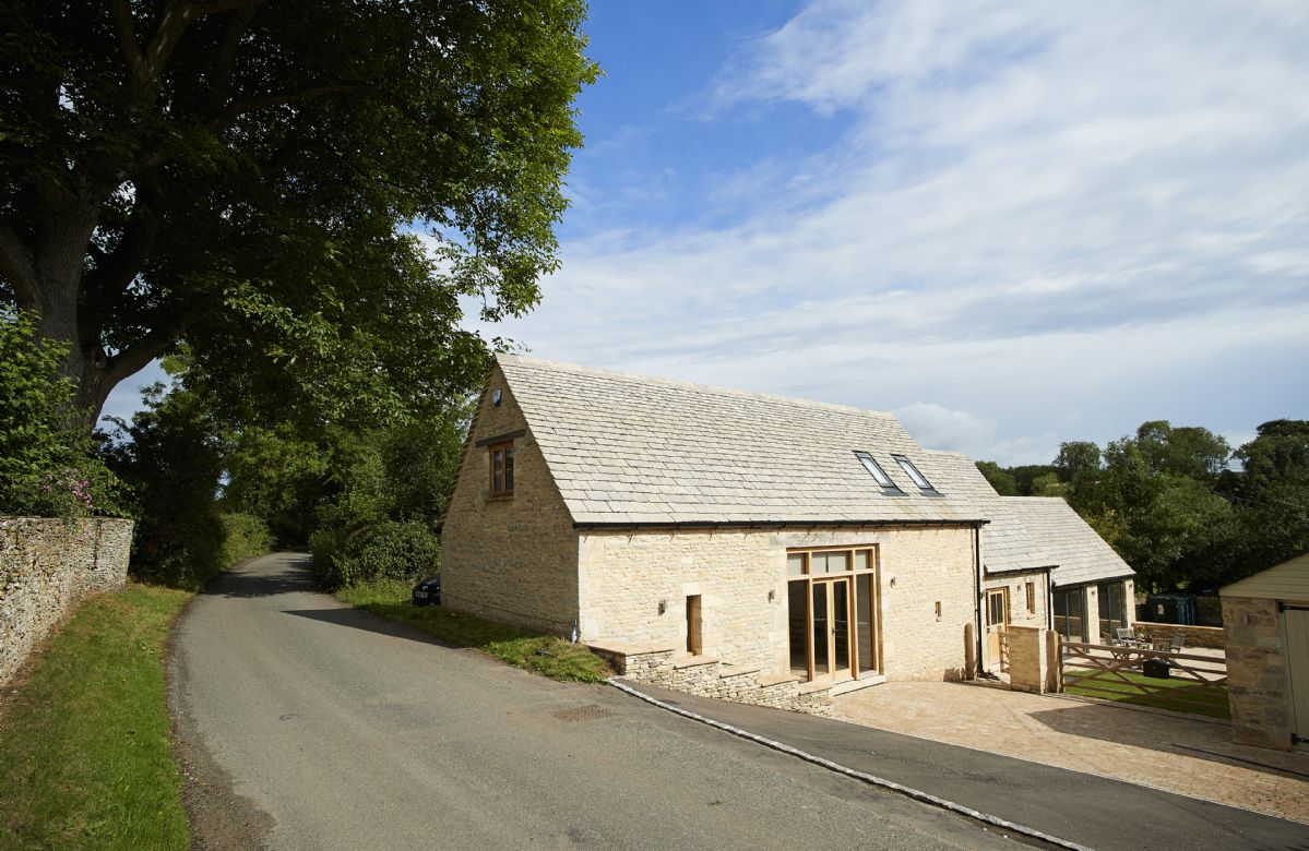 Cool Rosebank Barn Holiday Cottages And Homes In Download Free Architecture Designs Lukepmadebymaigaardcom