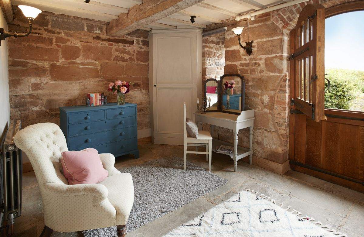 Ground floor: A large stable door provides private ground floor access to the garden