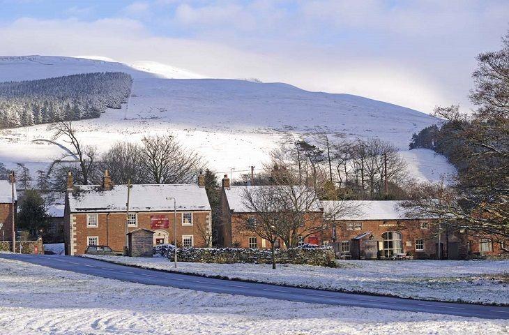 A snowy Melmerby village