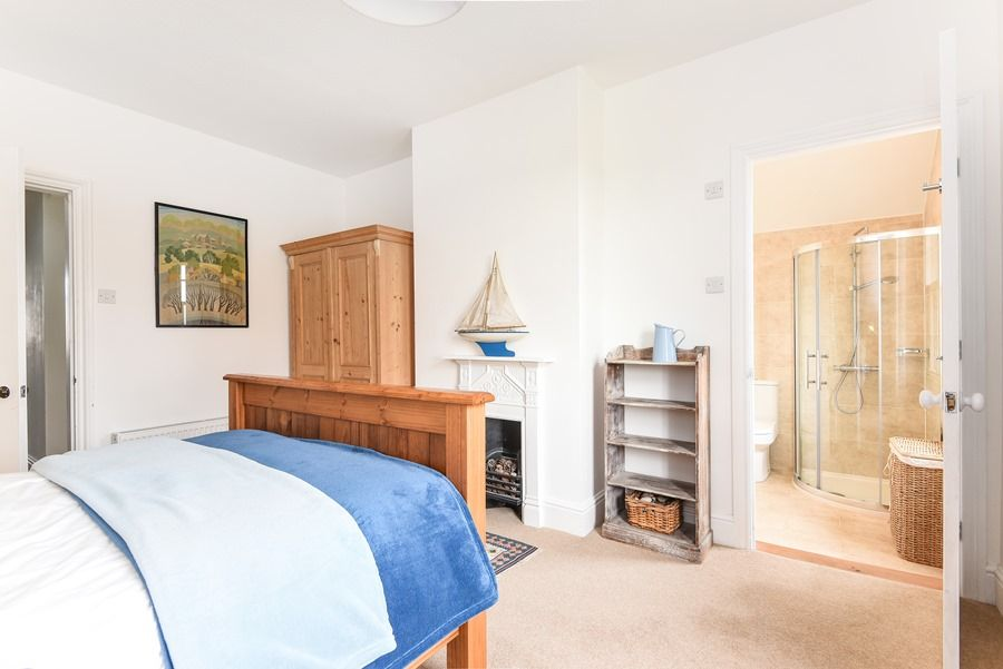 Malvern 3 bedrooms | En-suite bedroom 2