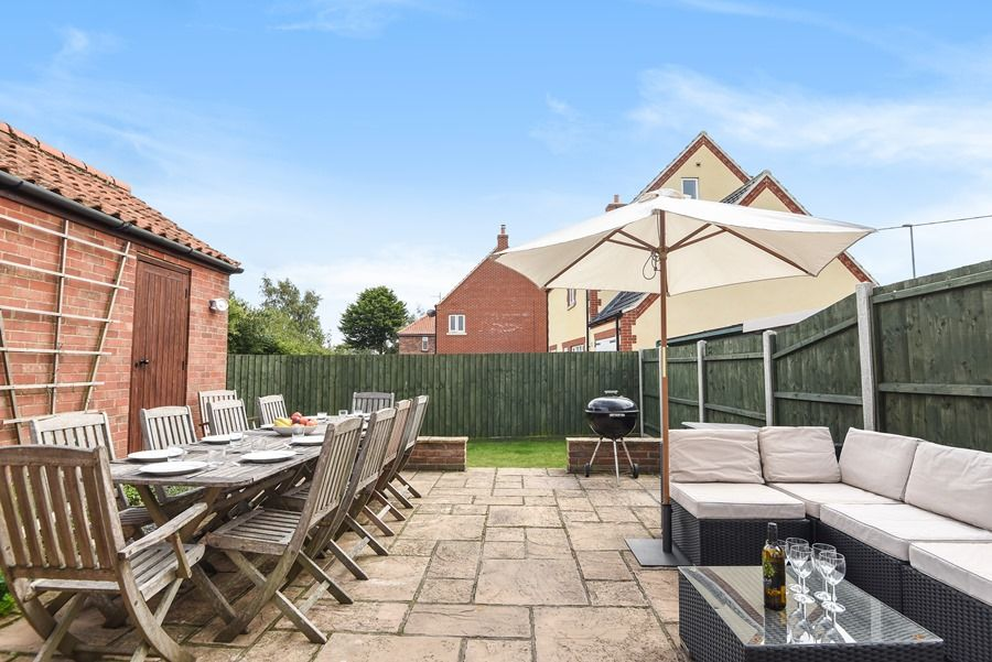 Malvern 3 bedrooms | Outside dining