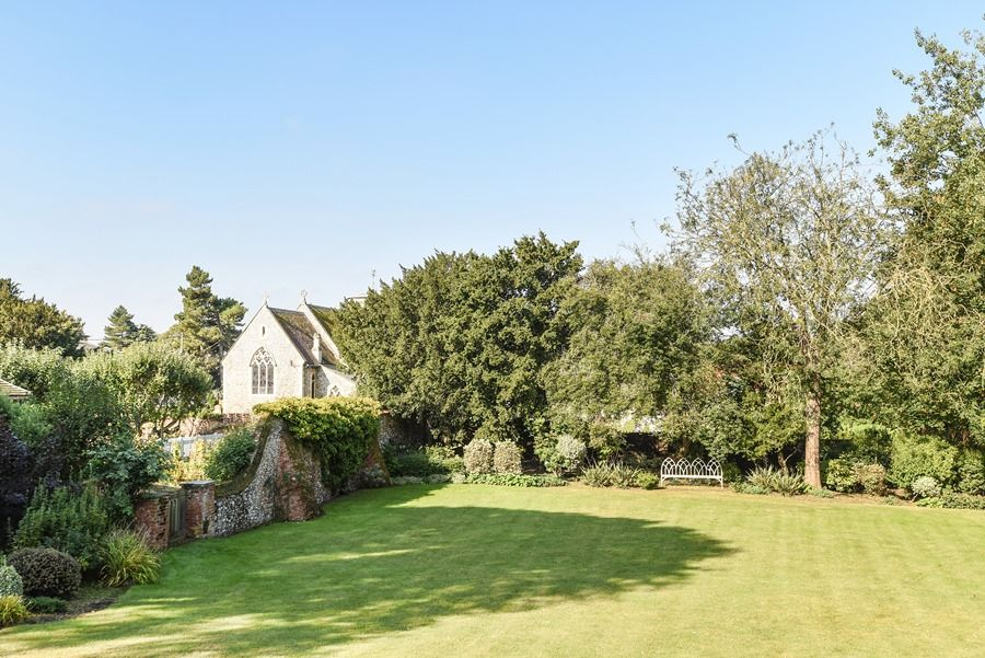 Old Rectory | Garden views to Deepdale church