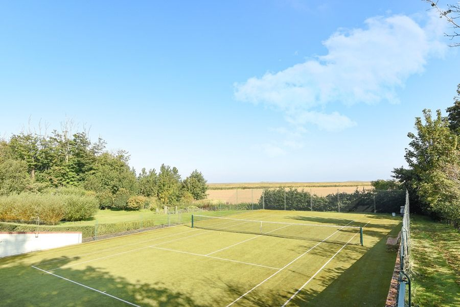Old Rectory | Tennis court