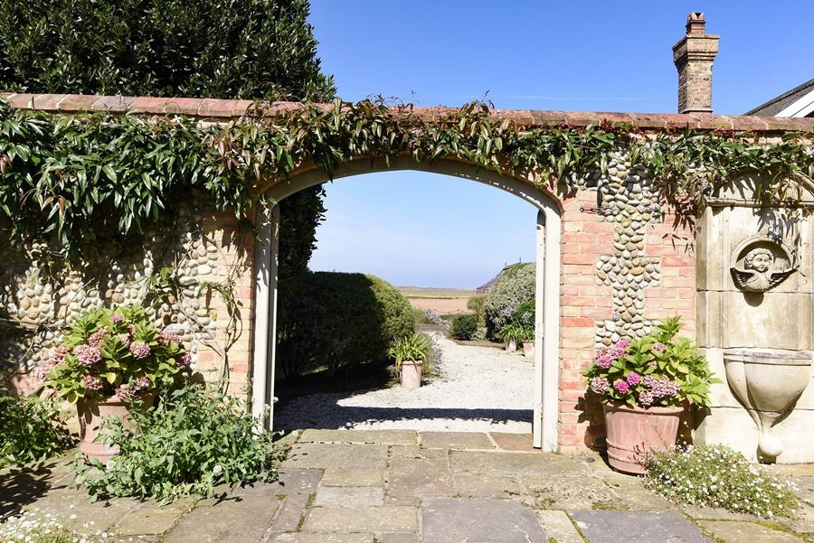 Old Rectory | Garden arch