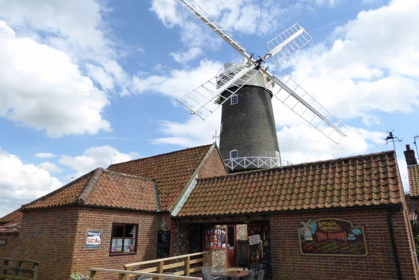 Town Farm Barn