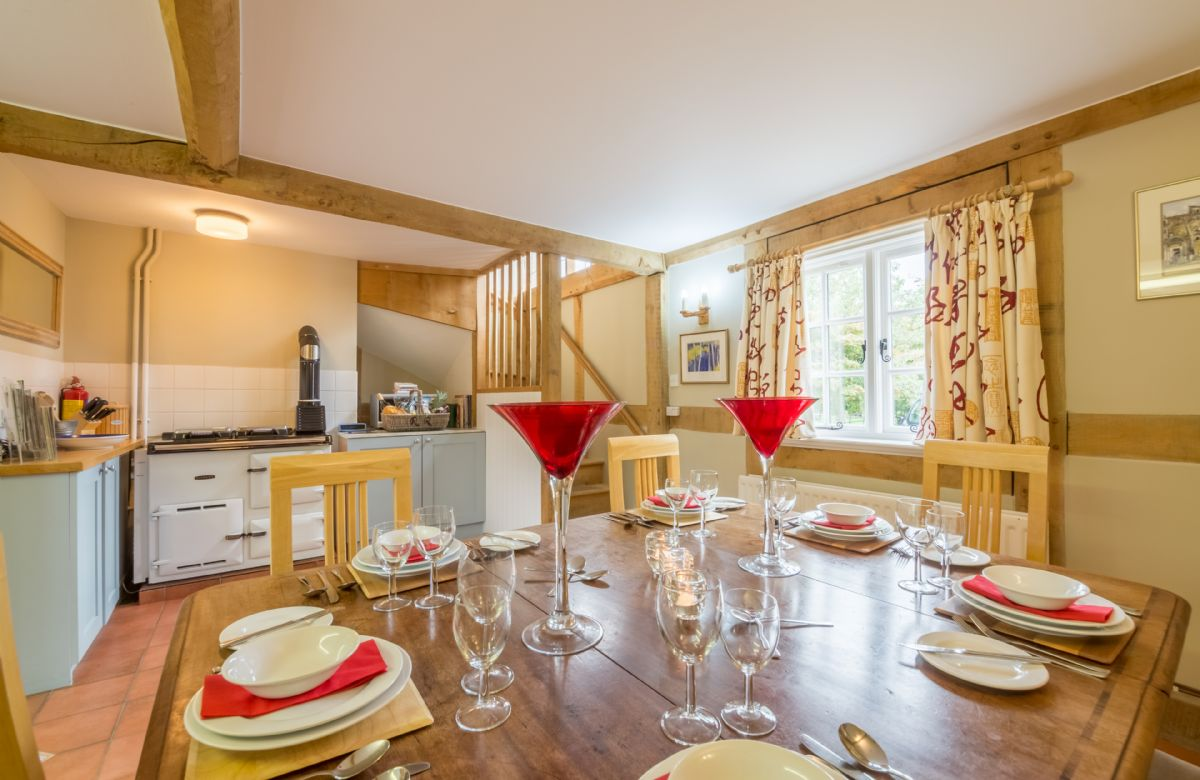 Ground floor: Cottage kitchen and dining area