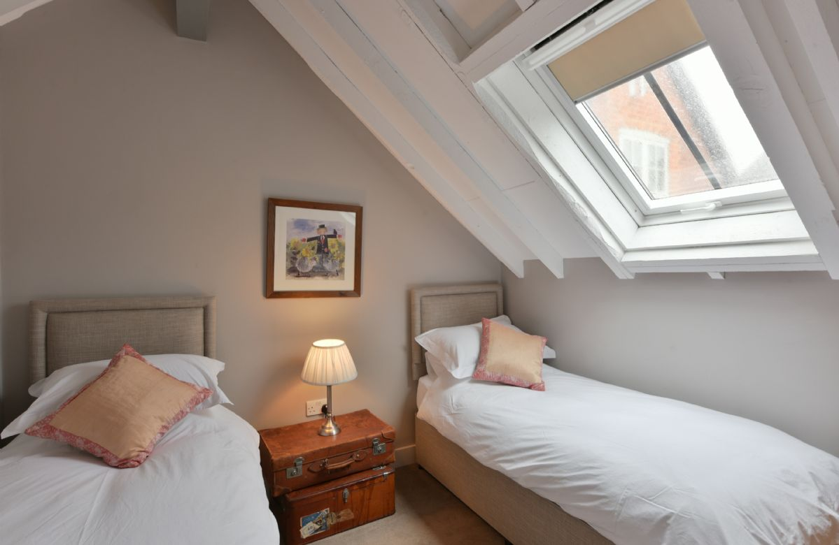 The Dairy:  First floor with twin bedroom with 2'6 single beds